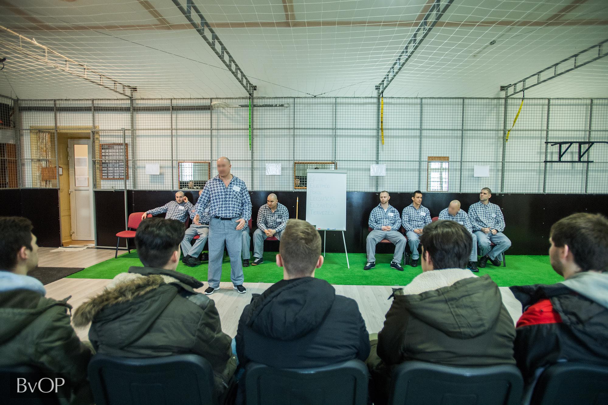 Diákoknak tartanak bűnmegelőzési előadást fogvatartottak