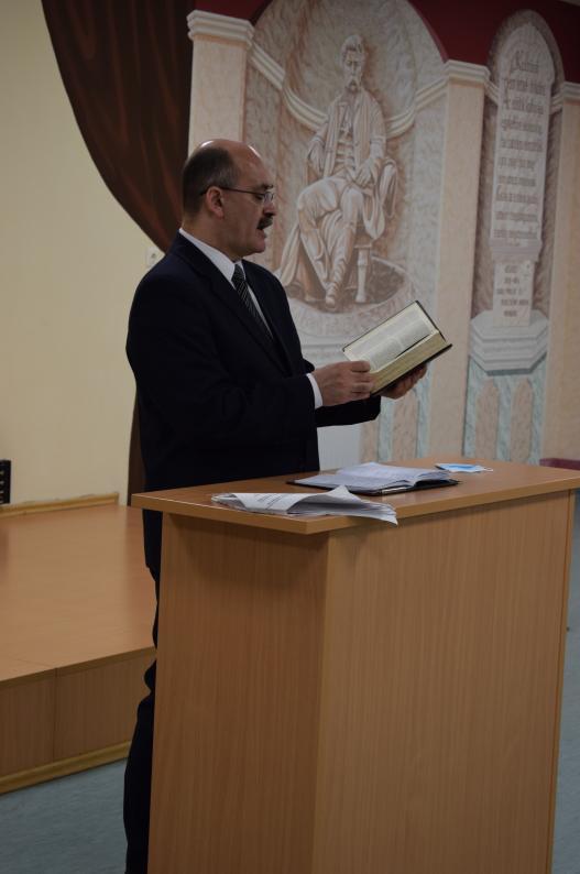 Zajlik az istentisztelet a Tiszalöki Országos Büntetés-végrehajtási Intézetben