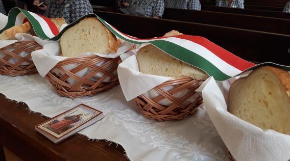 kenyérszentelés