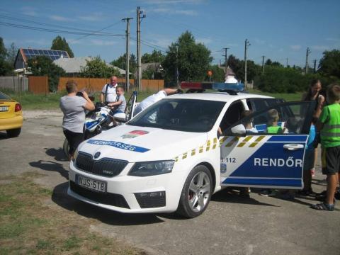mezei rendőrségi találkozás)